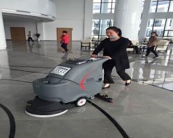 扫地车应该如何进行改革创新
