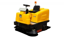 MN-C350驾驶式电动扫地车